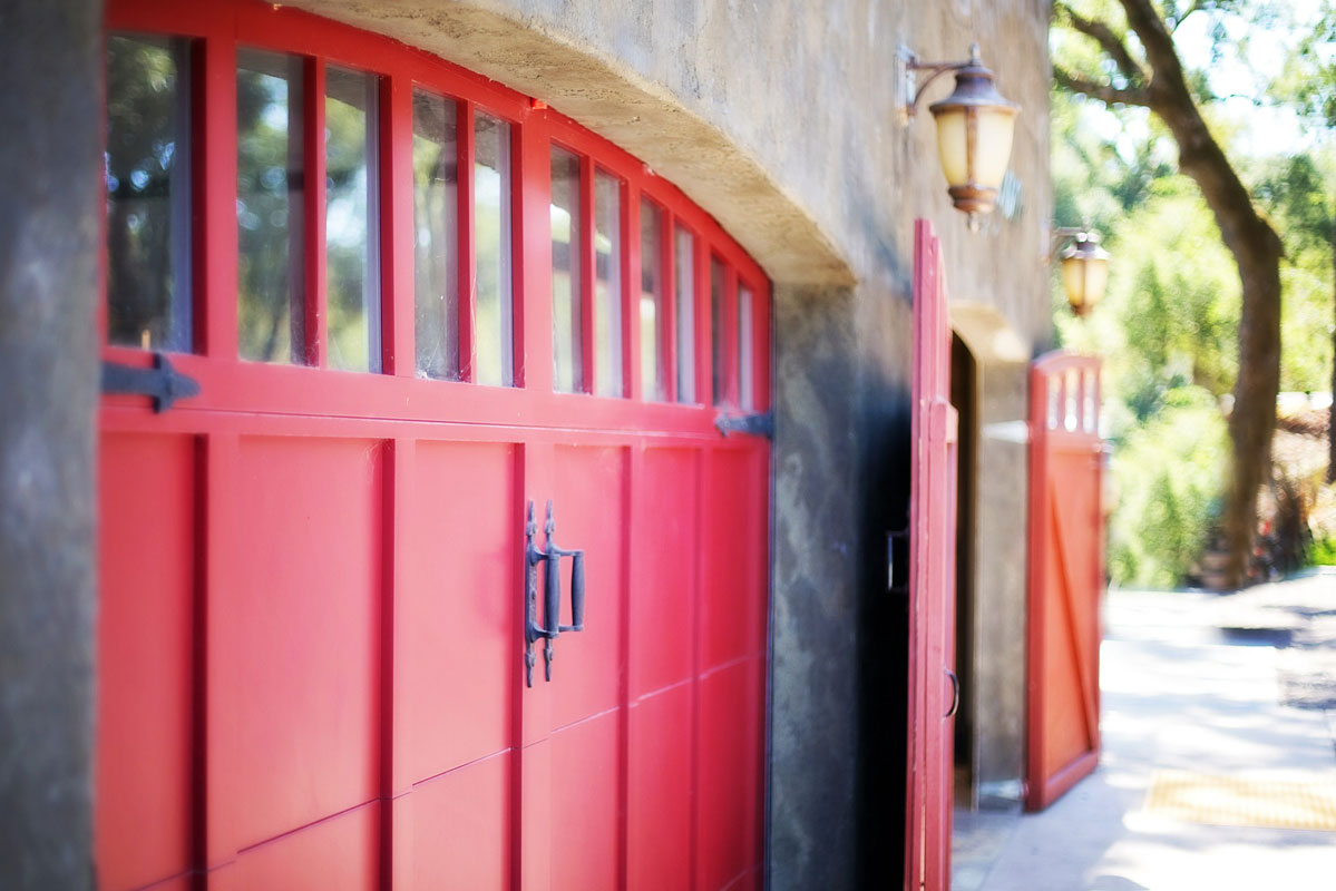 Car Garage Doors Repairing Services